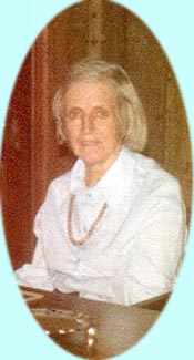Photo of Pamela Durdin-Robertson